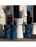 Taburete de terraza en colores con mesa alta a juego sta1146001